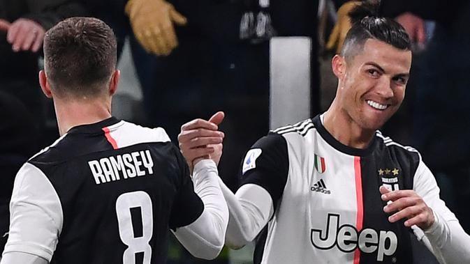 Cristiano Ronaldo Bungkam Parma 2 Gol Dengan Skor Akhir 2-1