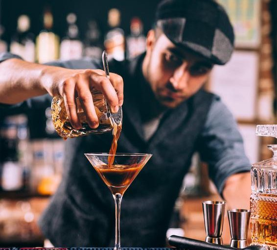 Cara Untuk Menjadi Bartender